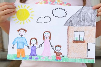 REMAX_family_drawing